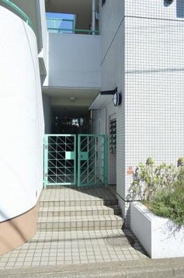 【エントランス】ガーデンハイツ昭島