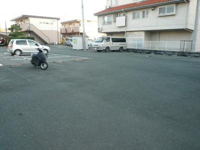 【駐車場】アズニューリノ