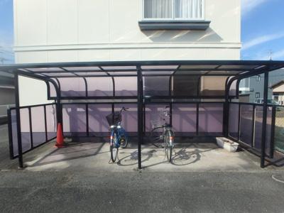 羽島 サンベルテ亀山B棟 2DK 駐輪場