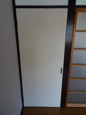 コンフォート竜泉 洋室6帖にある収納スペース ※写真は同タイプのお部屋です