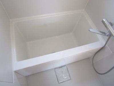 【浴室】芹田第三マンション