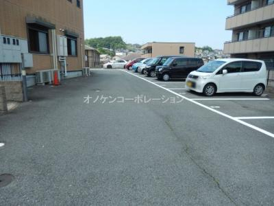 【駐車場】パークハイム弐番館 B棟