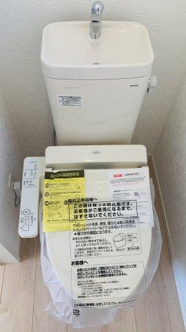 【同仕様施工例】来客がきたらモニターで確認することができ防犯面も安心です。