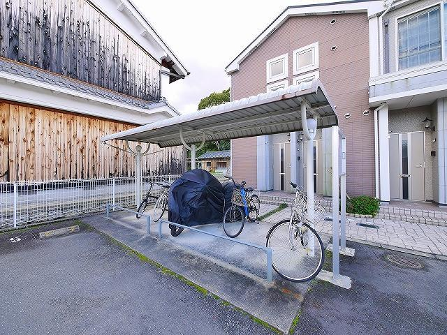 自転車置き場が設置