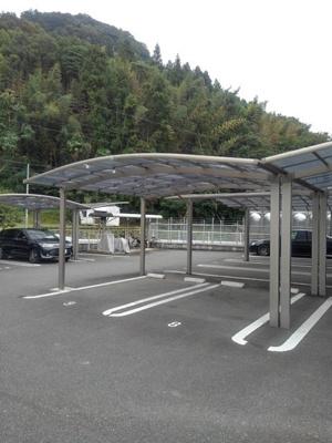【駐車場】サンファミールⅢA