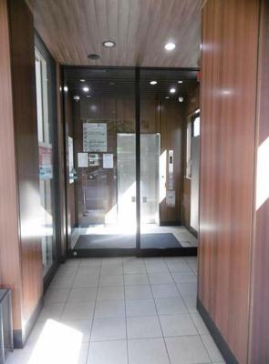 【エントランス】鶴見駅徒歩3分 貸店舗
