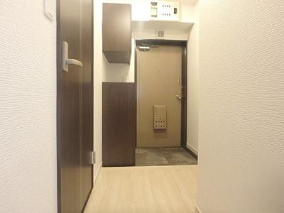 スッキリと明るい玄関は気持ちがいいですね。