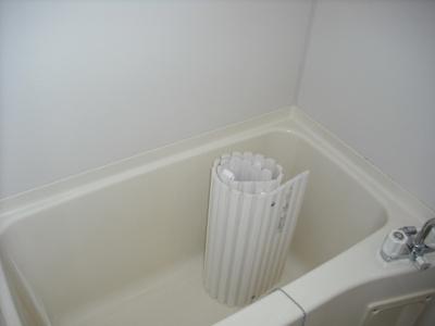浴室に窓有り!