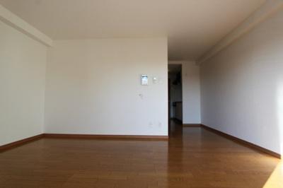 室内写真は参考です。