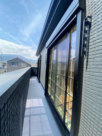 【バルコニー】新築一戸建て「南足柄市和田河原」全2棟/残1棟