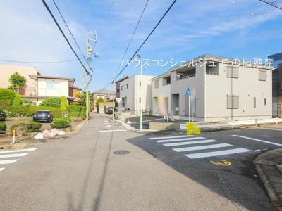 【前面道路含む現地写真】名古屋市北区喜惣治1丁目 新築一戸建て 1号棟