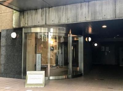 【エントランス】ステージファースト三軒茶屋