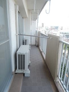 7.56平米バルコニーです。5階部分に位置しており、眺望良好です。