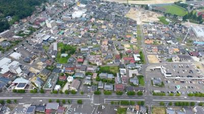 下側が国道115号線、左側が国道4号線
