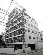 東急目黒線「不動前」駅徒歩約5分と便利な立地