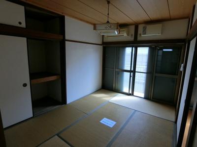 【寝室】グリーンハウス