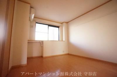 【寝室】プチベールメゾン