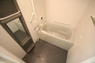【浴室】ウエストコート8番街2番館