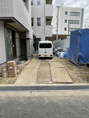 【駐車場】ラシーネローザ (株)Roots