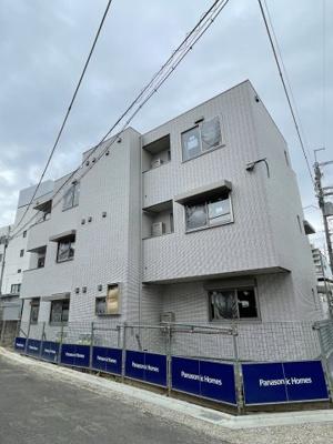 【居間・リビング】ラシーネローザ (株)Roots