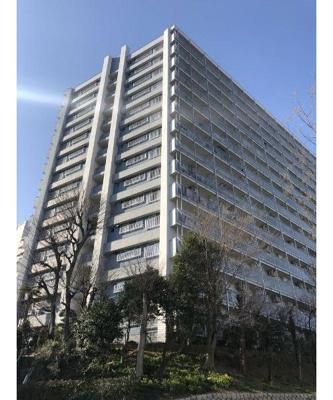 鉄筋鉄骨コンクリート造の14階建てです。