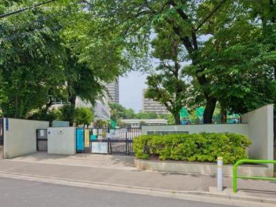 板橋区立緑小学校