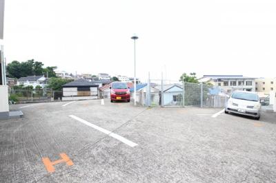 【駐車場】昭郷ツインハイツA棟