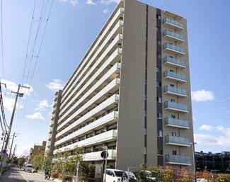 【プレサンスロジェ尼崎】地上11階建 総戸数184戸 ご紹介のお部屋は3階部分です♪大切なペットと一緒に暮らせるマンションです(^^)