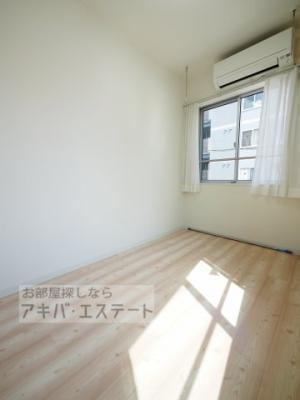 【寝室】Maison Dongli(メゾン ドングリ)