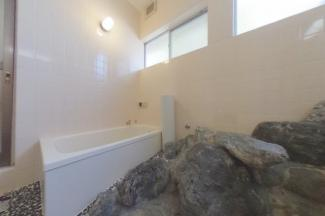 【浴室】55729 養老郡養老町西小倉中戸建て