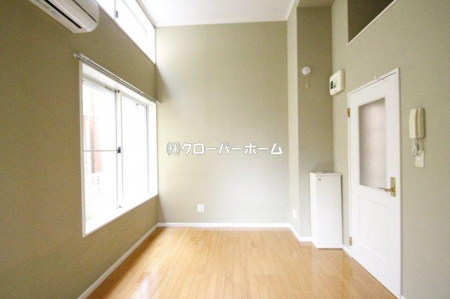 【居間・リビング】ロッシェル旭町3号棟