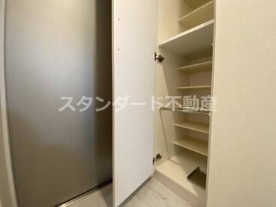 【玄関】ビガーポリス405同心Ⅲ