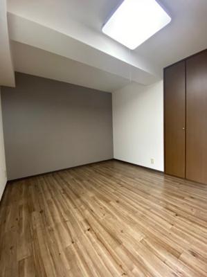 【居間・リビング】ヴェルドミール山忠松屋町