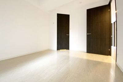 【お部屋情報】ウォークインクローゼット・シューズクロークなど収納が豊富で助かります。
