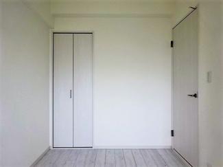 洋室(約4.4帖)