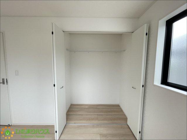 大きめのクローゼット付きでお部屋もすっきり片付きます!