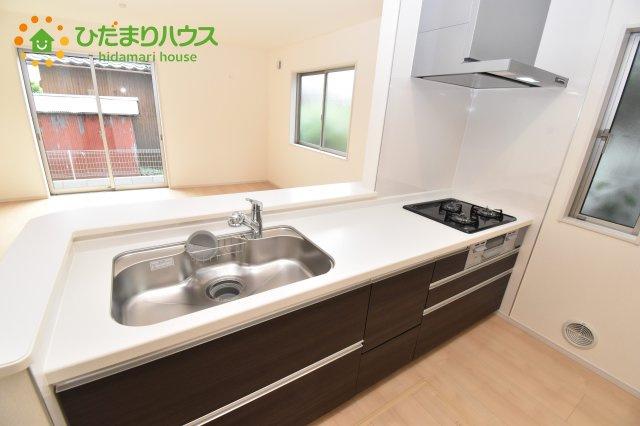 【キッチン】見沼区風渡野 第2 新築一戸建て リーブルガーデン 01