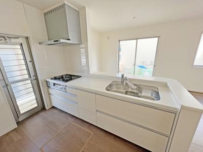 耐震+高品質でローコストの家:駅家町倉光 ※同モデルの設備仕様を他の完成物件にてご覧いただけます。