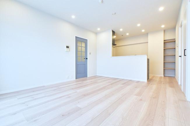【居間・リビング】ロワールマンション和白2