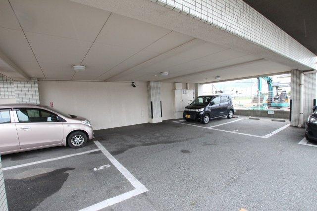 【駐車場】ロワールマンション和白2