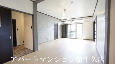 【居間・リビング】ヴィレッジ神谷