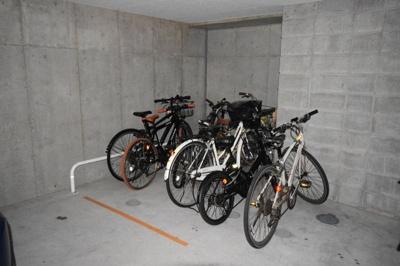 駐輪場、バイク置場(屋外)