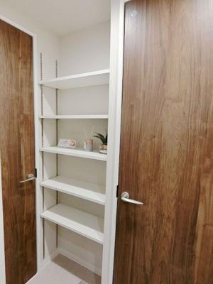【独立洗面台】秀和六本木レジデンス