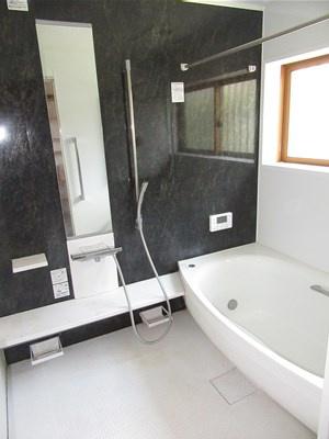 【浴室】熊谷市肥塚大型中古戸建