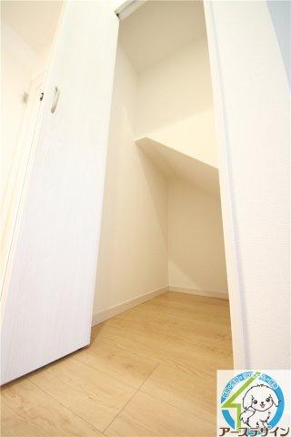 ■階段下の収納です♪