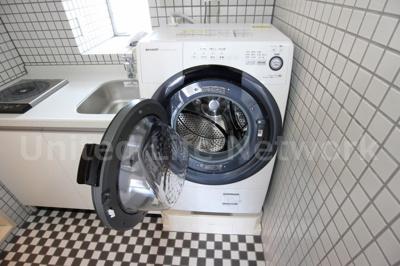 ドラム式洗濯機付き