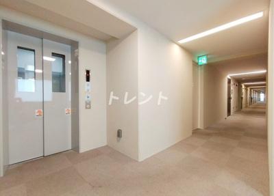【ロビー】アーバス新宿余丁町