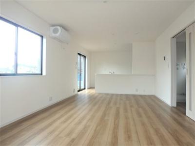 【居間・リビング】リーブルガーデン 新築戸建て 羽生市神戸2期-全2棟-