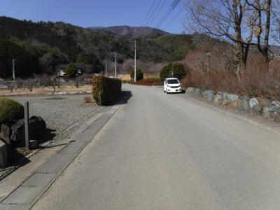【前面道路含む現地写真】秋山売地 248.95坪