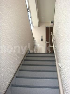 ORACLE SHIN-OKUBOの階段☆